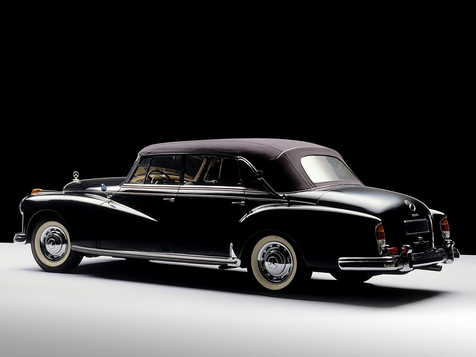 Mercedes benz 300 adenauer w189 specifications for Mercedes benz 300