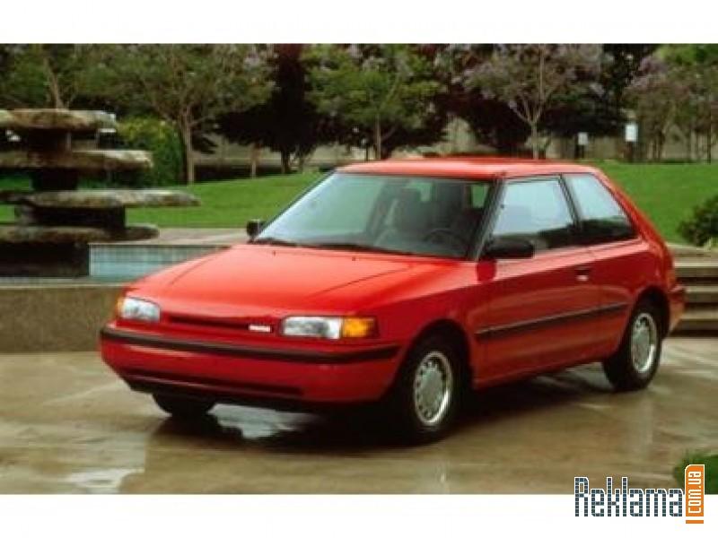 Mazda 323 фото.