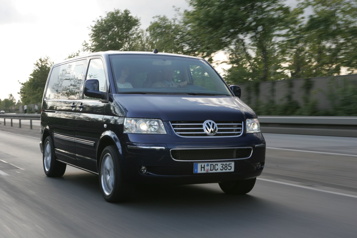 volkswagen multivan t5 2003 specifications description photos. Black Bedroom Furniture Sets. Home Design Ideas