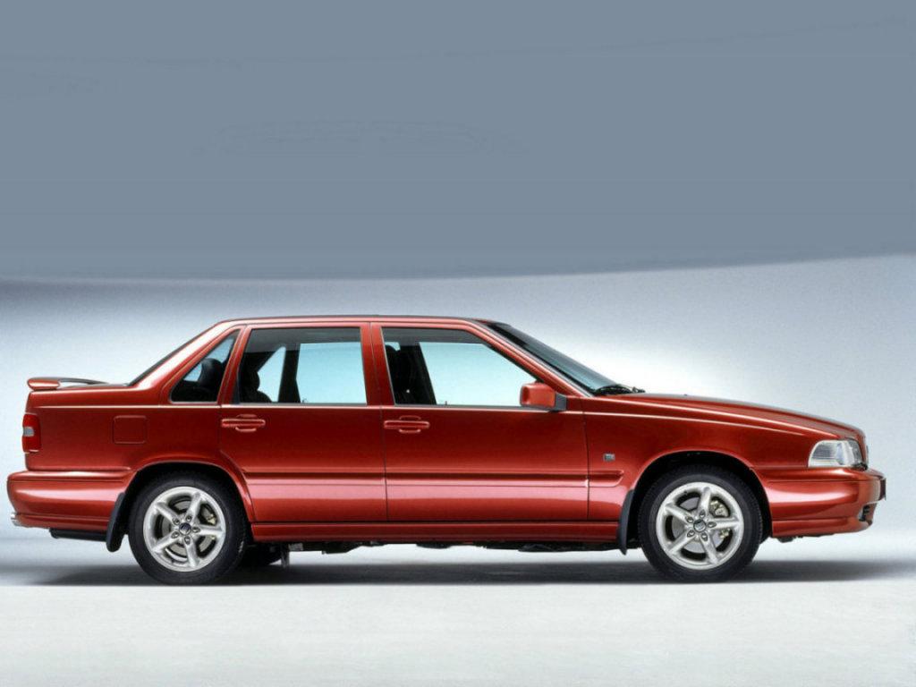 Volvo S70 1997 - specifications, description, photos.