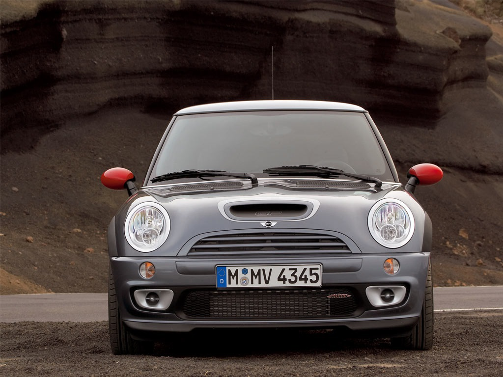 mini cooper s r53 specifications description photos. Black Bedroom Furniture Sets. Home Design Ideas